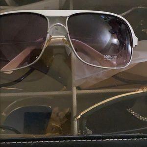 Sunglasses 🕶